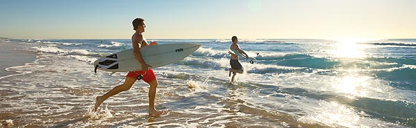 surfing-broadwater